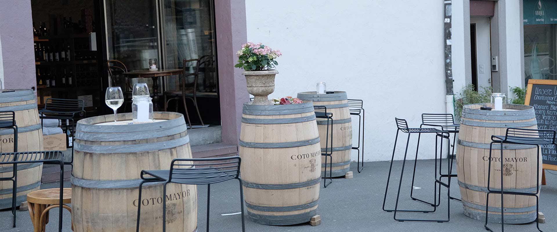 Wein-Terrasse offen